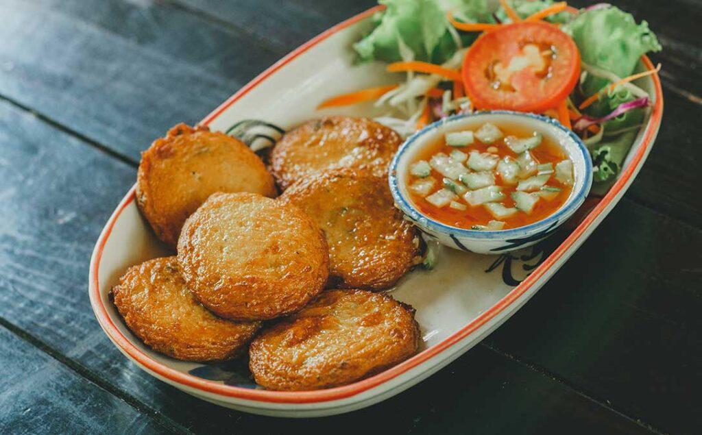 Tod Mun Pla (Thai Style Fish Cake)